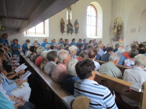 7 Kirche voll besetzt